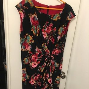 Black floral sheet dress with accent